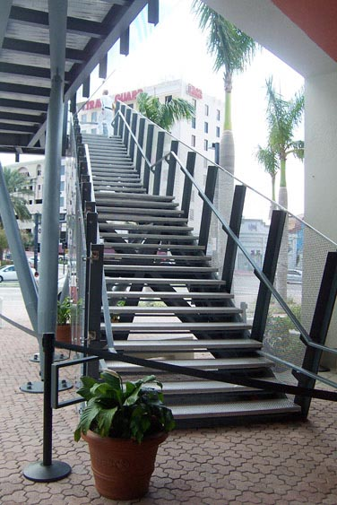 Extruded Fiber Glass Stairs